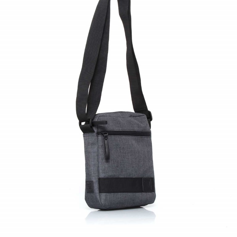 Strellson Northwood Shoulderbag SV Dark Grey, Farbe: anthrazit, Marke: Strellson, EAN: 4053533401949, Abmessungen in cm: 20.5x24.5x5.5, Bild 2 von 4