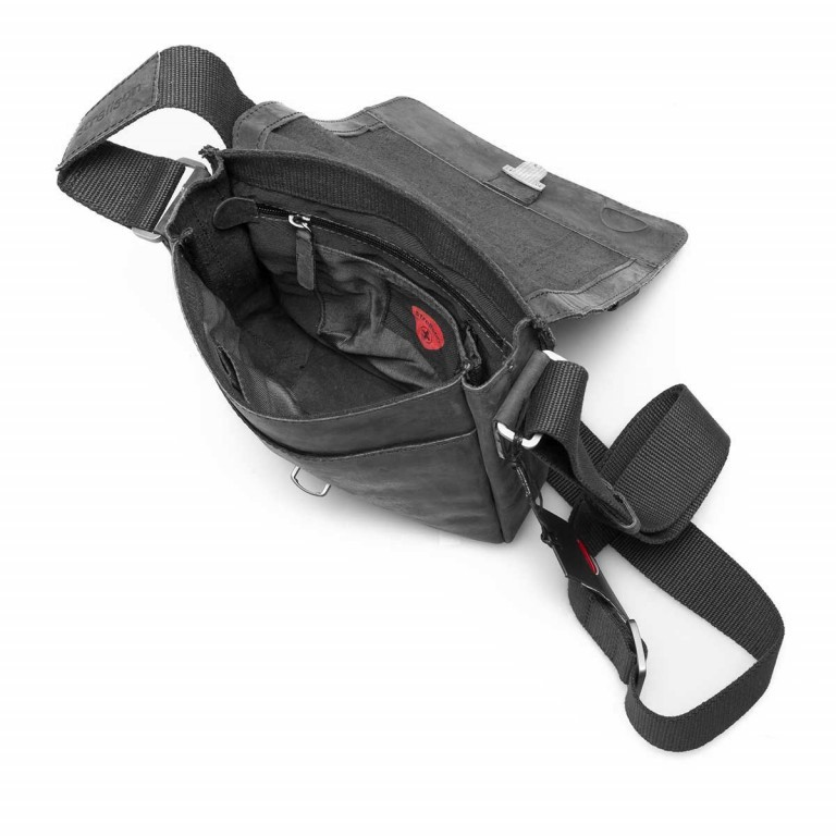 Strellson Richmond Messenger S Black, Farbe: schwarz, Marke: Strellson, EAN: 4053533065134, Abmessungen in cm: 20.0x23.0x6.0, Bild 5 von 5