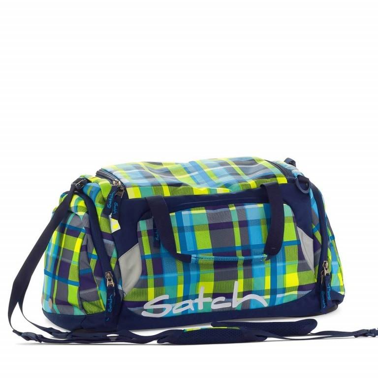 Satch Sporttasche Breezer, Farbe: grün/oliv, Manufacturer: Satch, EAN: 4260389760346, Dimensions (cm): 50.0x25.0x25.0, Image 1 of 1