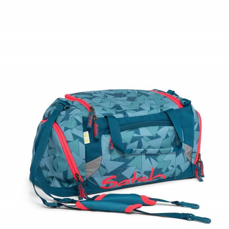 Satch Sporttasche Petrol Triangle, Farbe: blau/petrol, Manufacturer: Satch, EAN: 4057081005802, Dimensions (cm): 50.0x25.0x25.0, Image 1 of 1