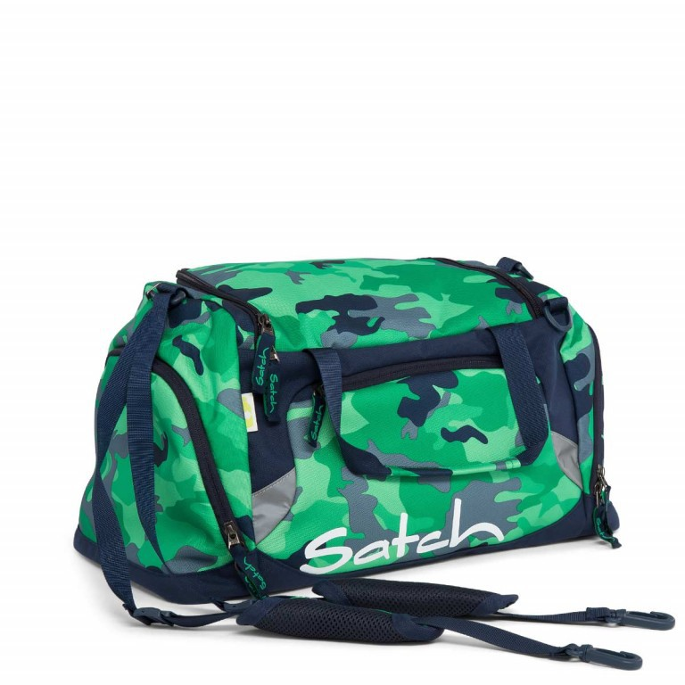 Satch Sporttasche Green Camouflage, Farbe: grün/oliv, Manufacturer: Satch, EAN: 4057081005741, Dimensions (cm): 50.0x25.0x25.0, Image 1 of 1